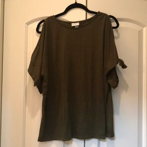Ava & Viv Olive green split sleeve T-shirt